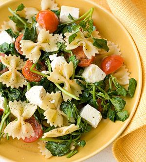 Ensalada de pasta y vegetales