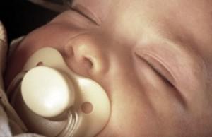Mi bebé babea demasiado ¿qué hacer?